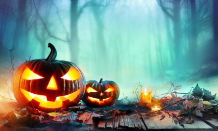 Spilles op Halloween duerch d'Däischtert